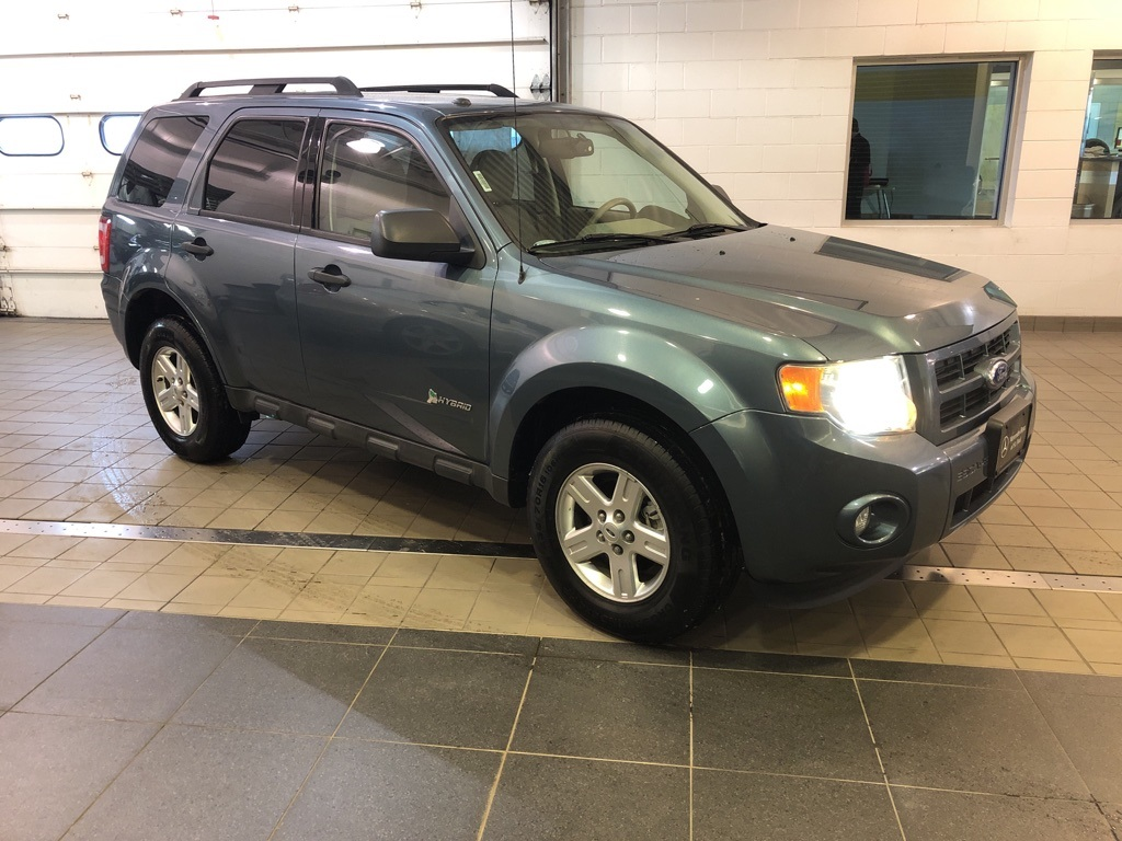 Pre-Owned 2011 Ford Escape Hybrid