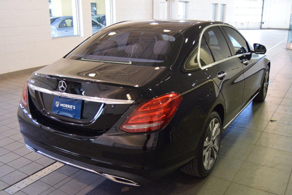 Pre-Owned 2015 Mercedes-Benz C-Class 4dr Sedan C 300 RWD