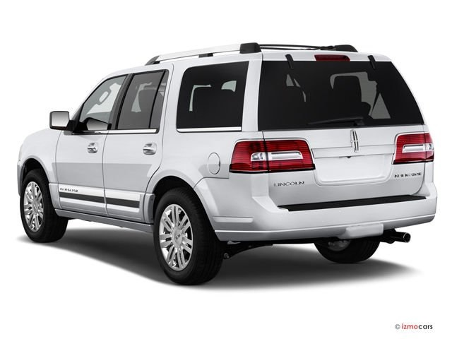 Pre-Owned 2013 Lincoln Navigator Base