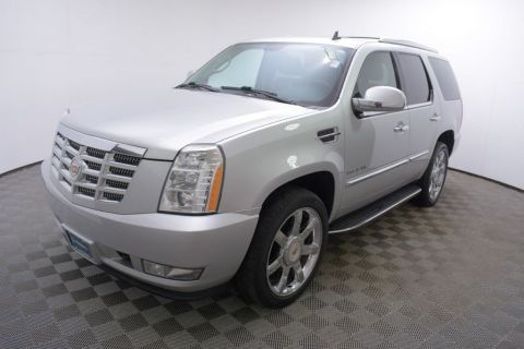 Pre-Owned 2014 Cadillac Escalade AWD 4dr Luxury
